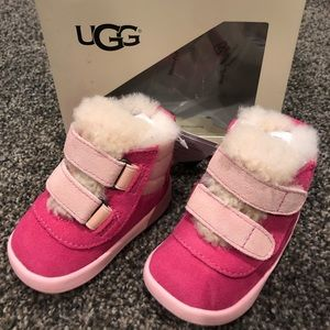 Baby Girl Pritchard Pink Uggs